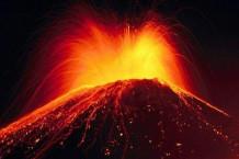 L'activité tectonique, le volcanisme et le climat.